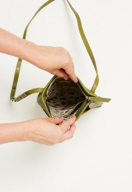 Moss pocket Crossbody bag